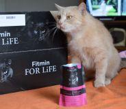 Lilinka s dárkem.
